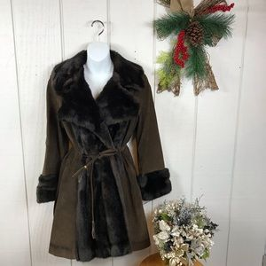 Lilli Ann Jackets & Coats - Lilli Ann brown suede/faux fur trimmed coat sz M